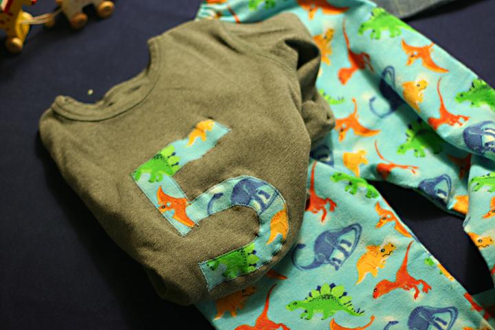 Dinosaur-pajamas